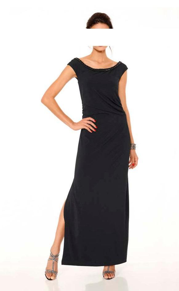 Dlouhé černé šaty na večerní slavnosti Ashley Brooke Event