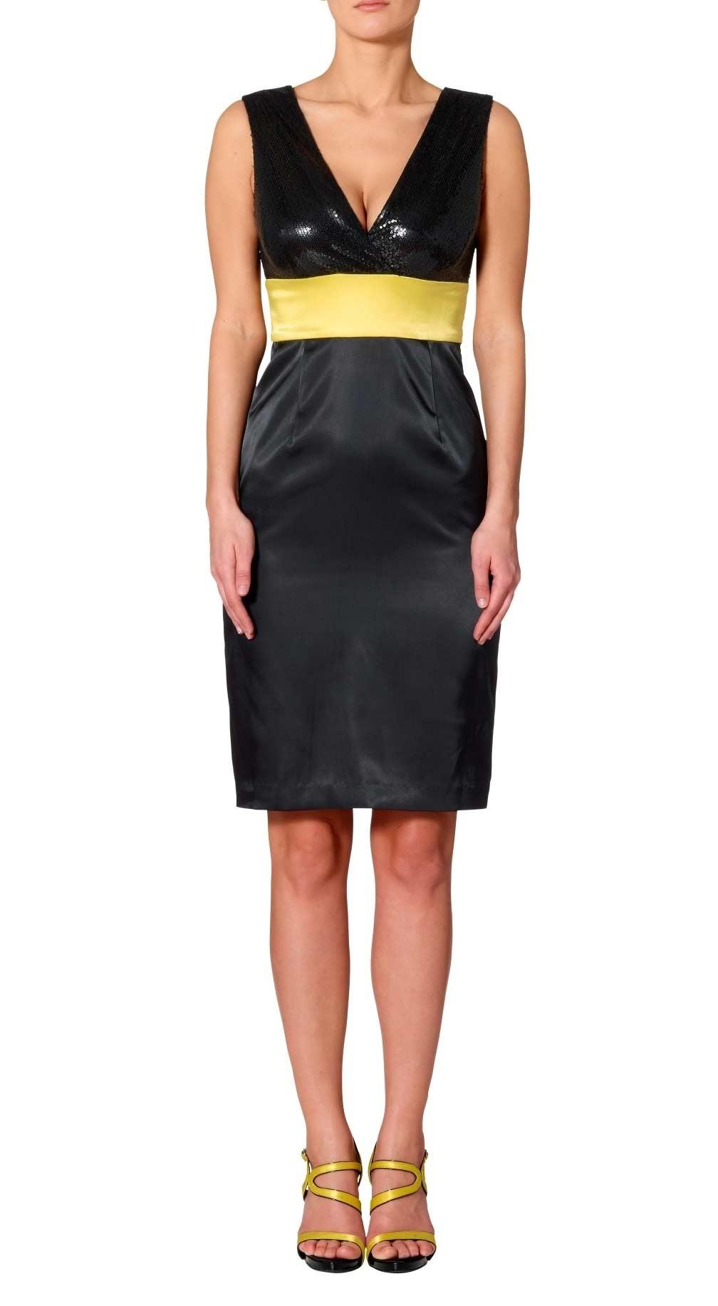 451aa69a618 Černé pouzdrové saténové šaty s flitry APART