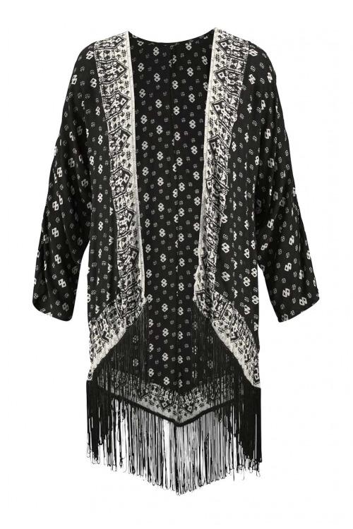 Kimonová halenka s třásněmi, Aniston