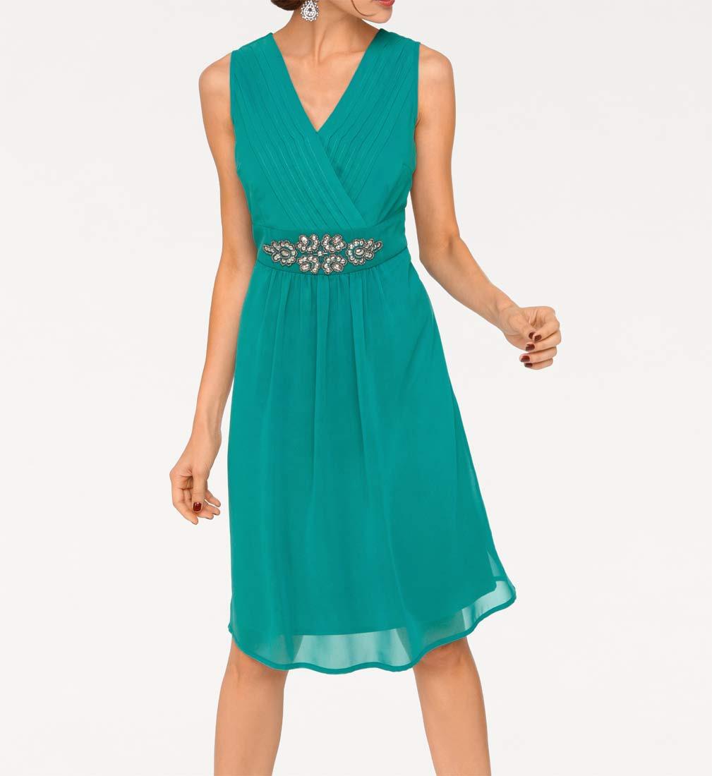 c4dae0f6faf8 Elegantní koktejlové šaty