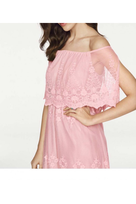 0a6d3b94840 Jemné krajkové romantické šaty
