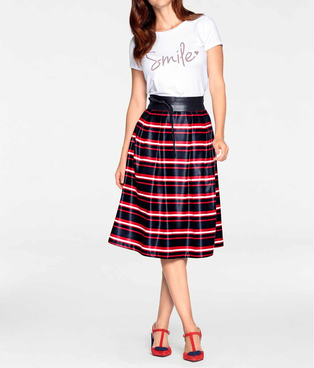 23f510a0f0c8 Krásná pruhovaná sukně