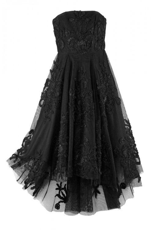 549b7b5000cb Černé slavnostní krajkové korzetové šaty.